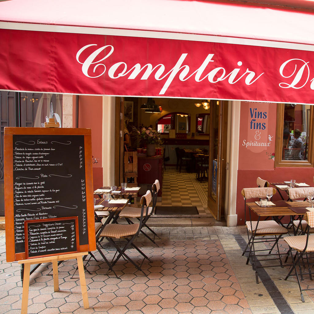 Comptoir du Marché: as though you were already seated