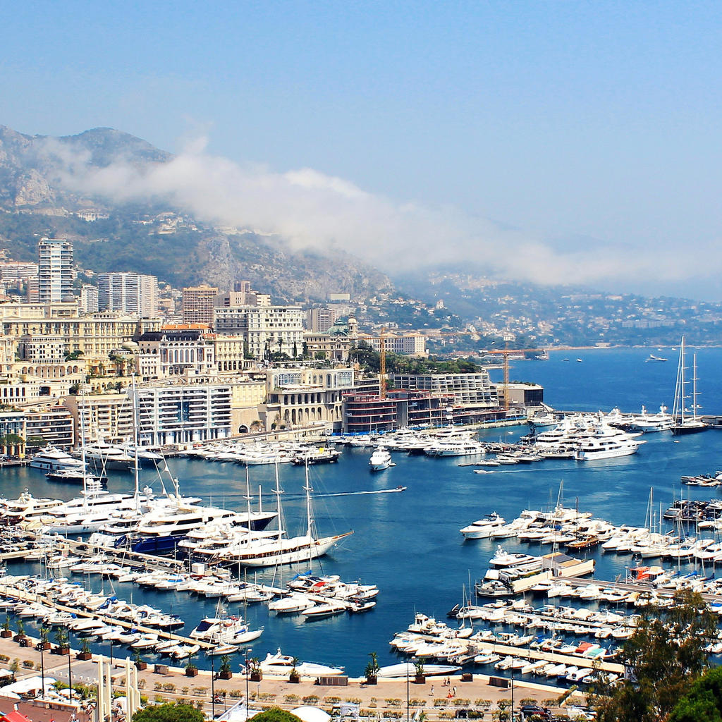 Monaco: between glamour and Romanticism
