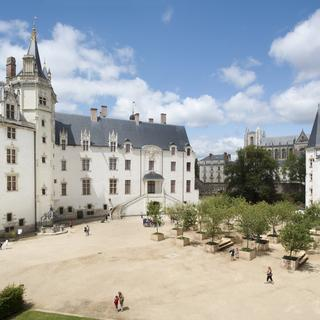 Castle of the Dukes of Brittany: refinement and history