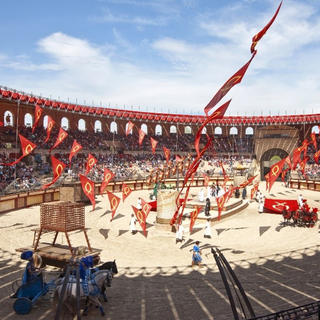 Forget about the 21st century at Puy du Fou!