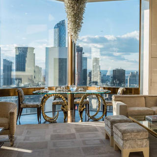 Four Seasons Hotel, New York style luxury