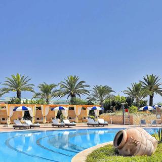 Four Points by Sheraton : un paquebot sur la mer