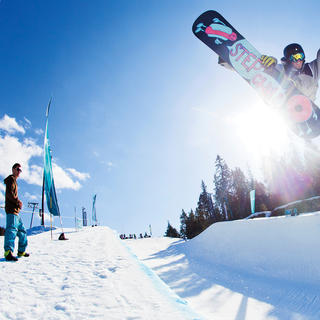 Enjoy the many opportunities Oslo offers to go family skiing.