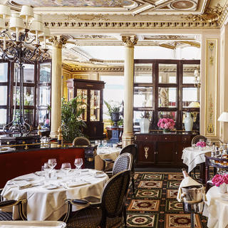Café de la Paix: a Parisian institution