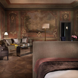 The Augustine Hotel: an elegant touch of Cubism