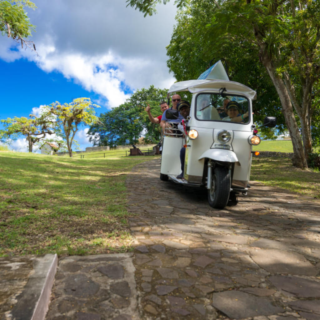 Rickshaw taxi in Pointe-à-Pitre