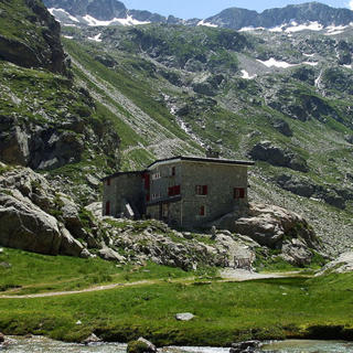 Refuge des Oulettes: sleeping in the mountains