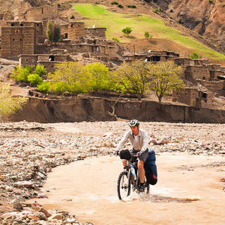 Enjoy the Moroccan Atlas and a few thrills along the way