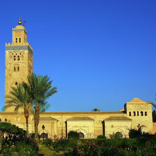 Promenade around the Koutoubia mosque