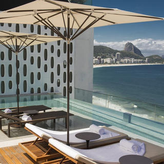 Emiliano Hotel, the jewel of Copacabana