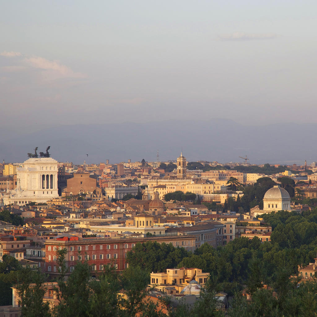 Janiculum: Rome from above