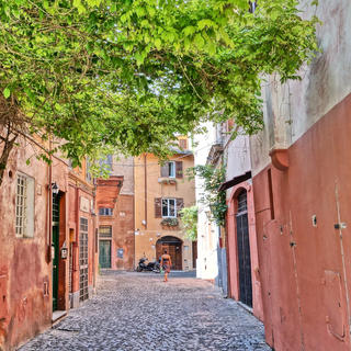 Trastevere, to take Rome's pulse