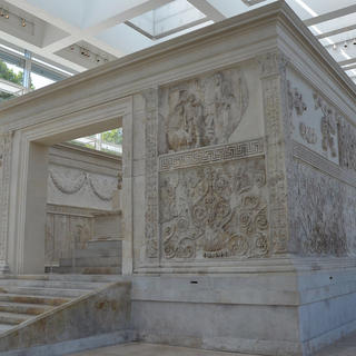 Museo dell'Ara Pacis, between History and new technologies