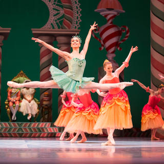 Attend highly acclaimed Pacific Northwest Ballet performances
