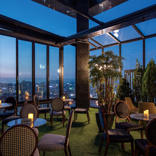 Bar Kloud: perched above the roofs of Gangnam