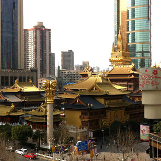 Jing'an Temple: a gangster abbot protected by Russian bodyguards