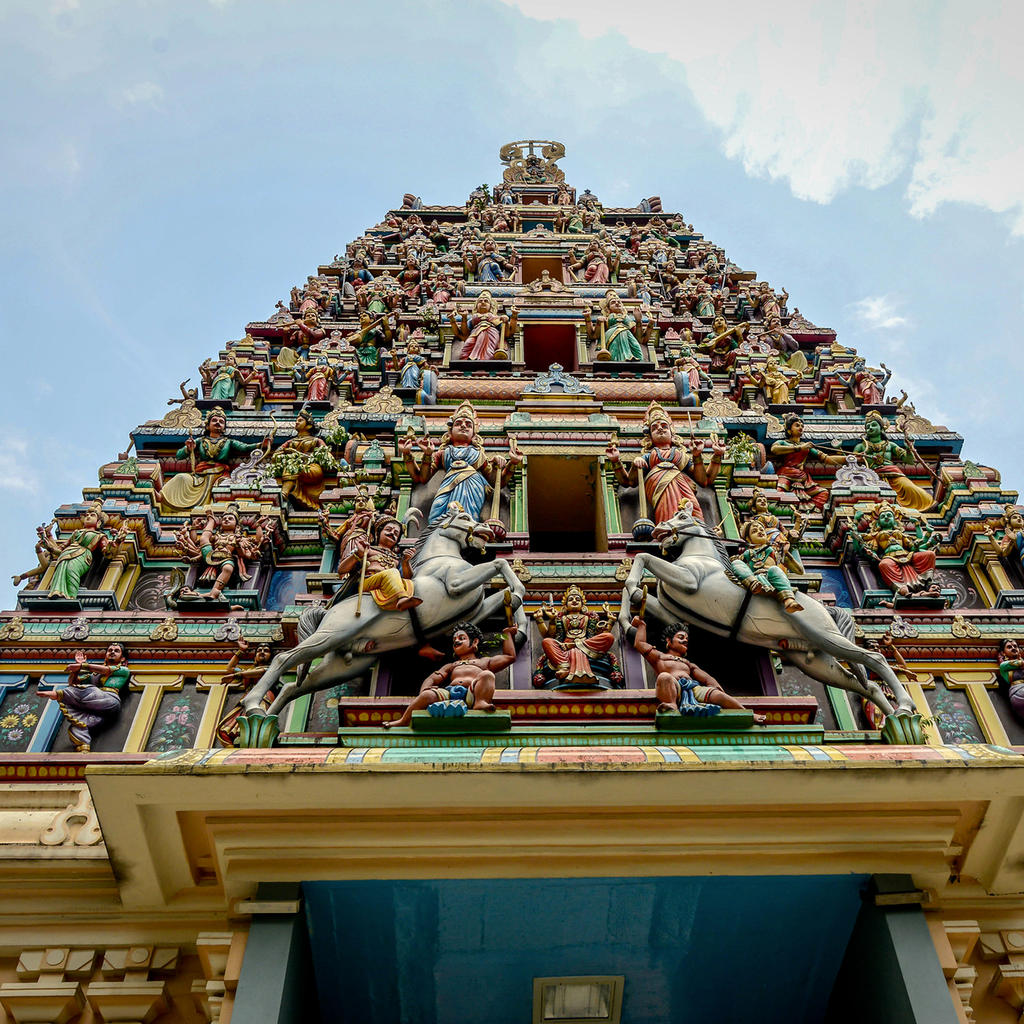 Sri Mariamman Temple: the oldest Hindu temple in the country