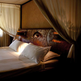 Travel to the heart of Africa at the Hotel Bakuba