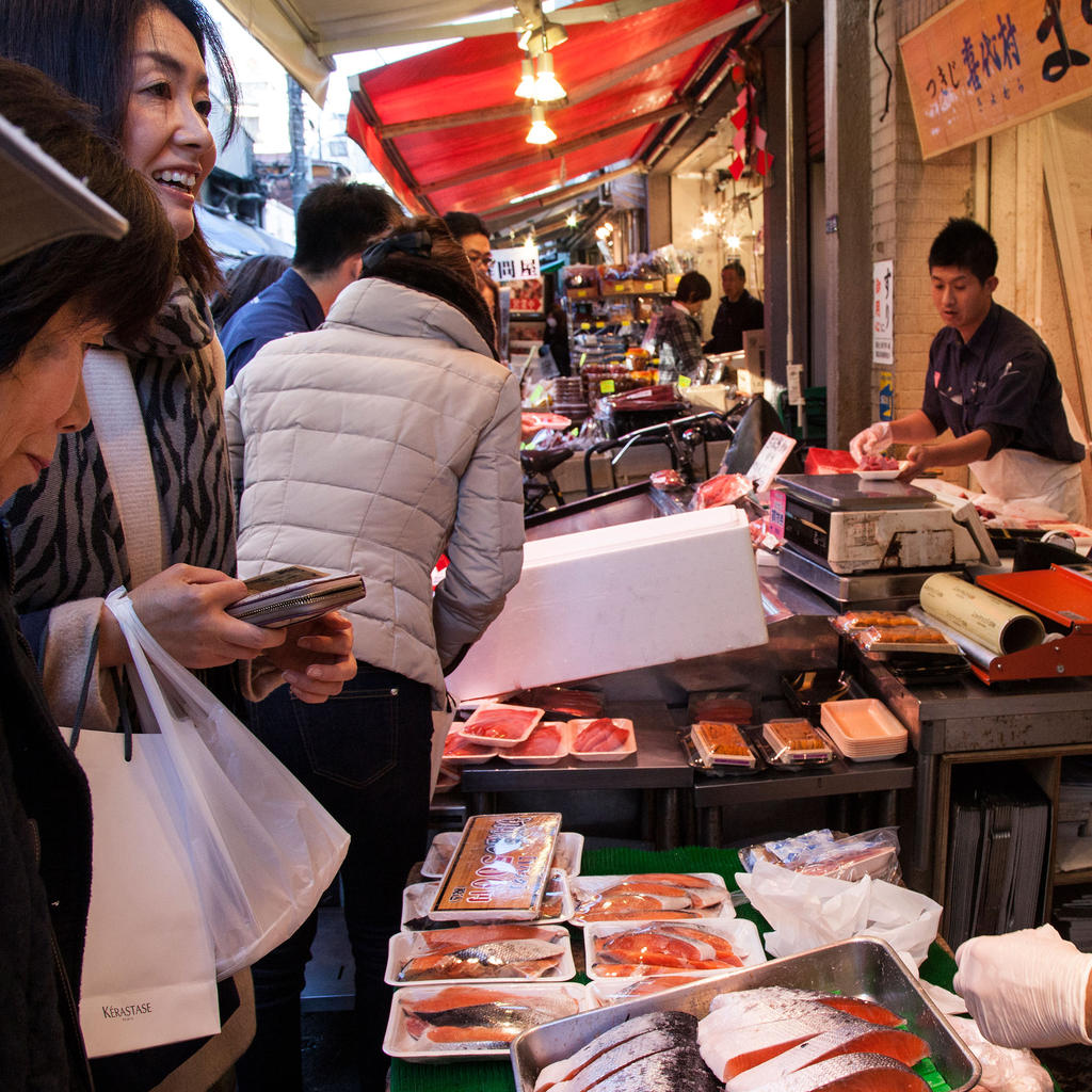 Street food at the Tsukiji Fish Market