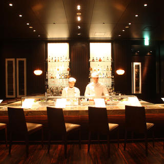 Tapas Molecular Bar: molecular cuisine with a panoramic view