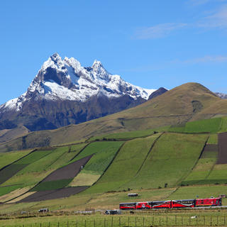 Cross the Andes on board the Tren Crucero