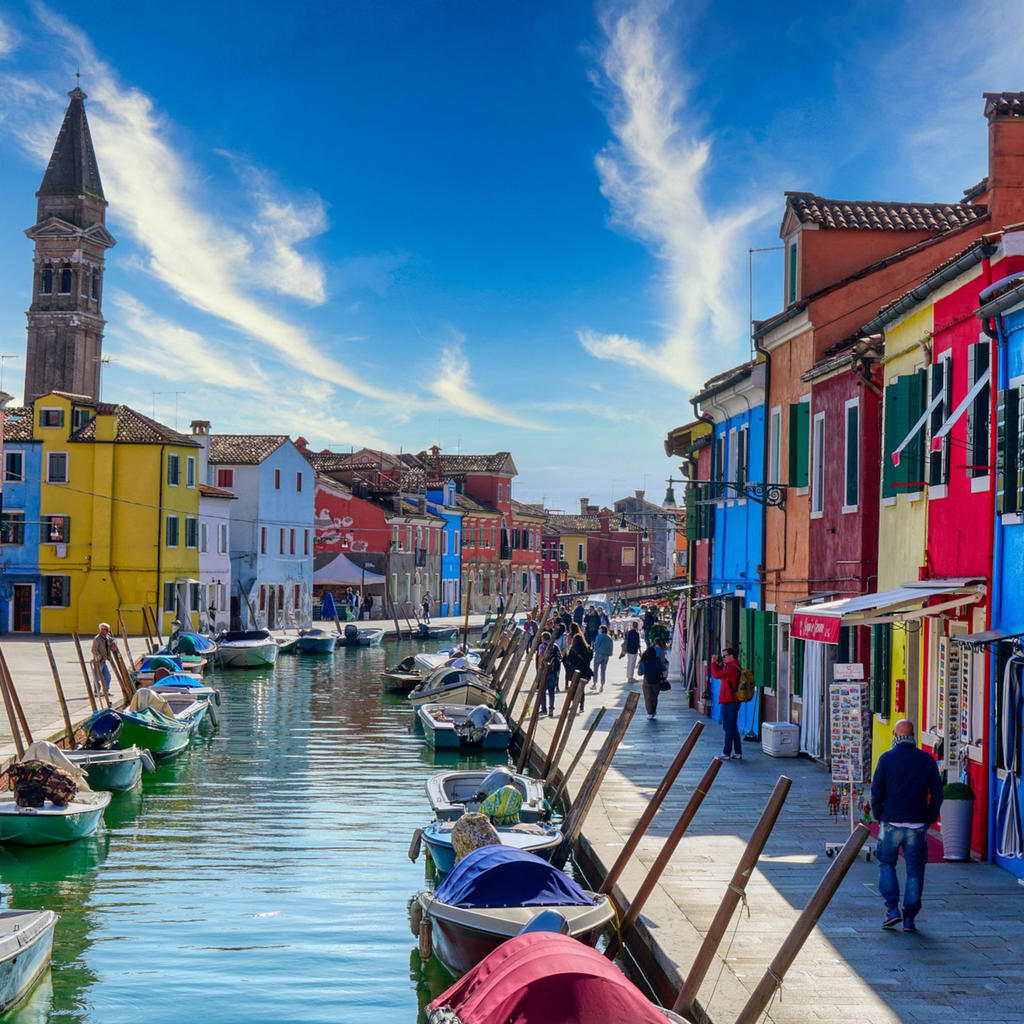 Burano: a multi-coloured gem