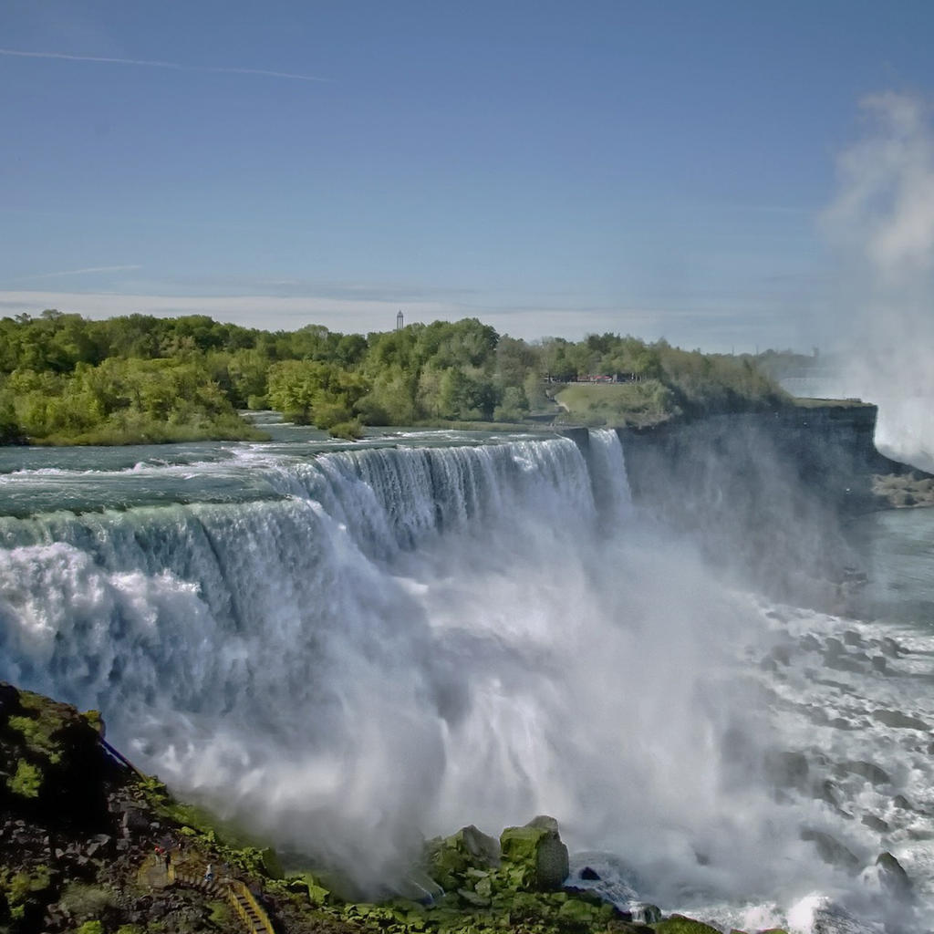 Niagara, without Marilyn Monroe