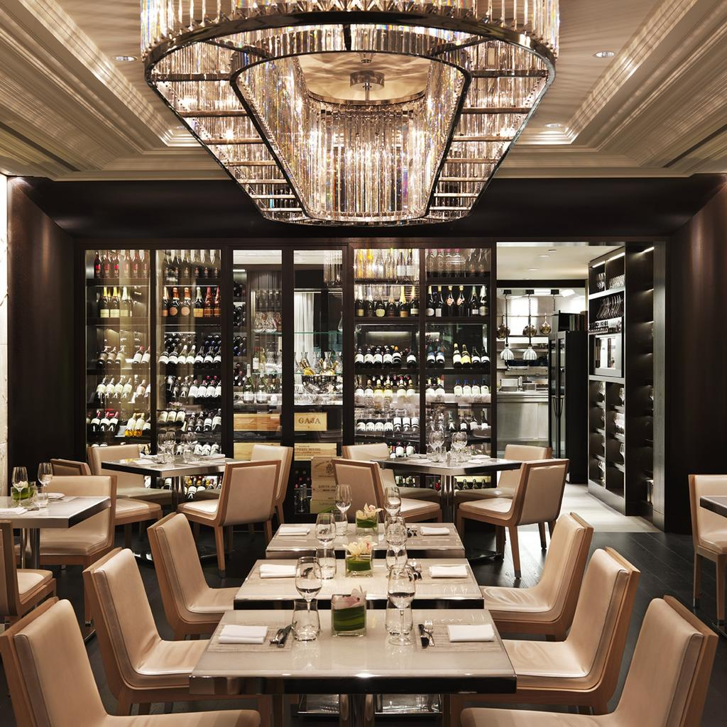 Hawksworth: chic and gastronomic