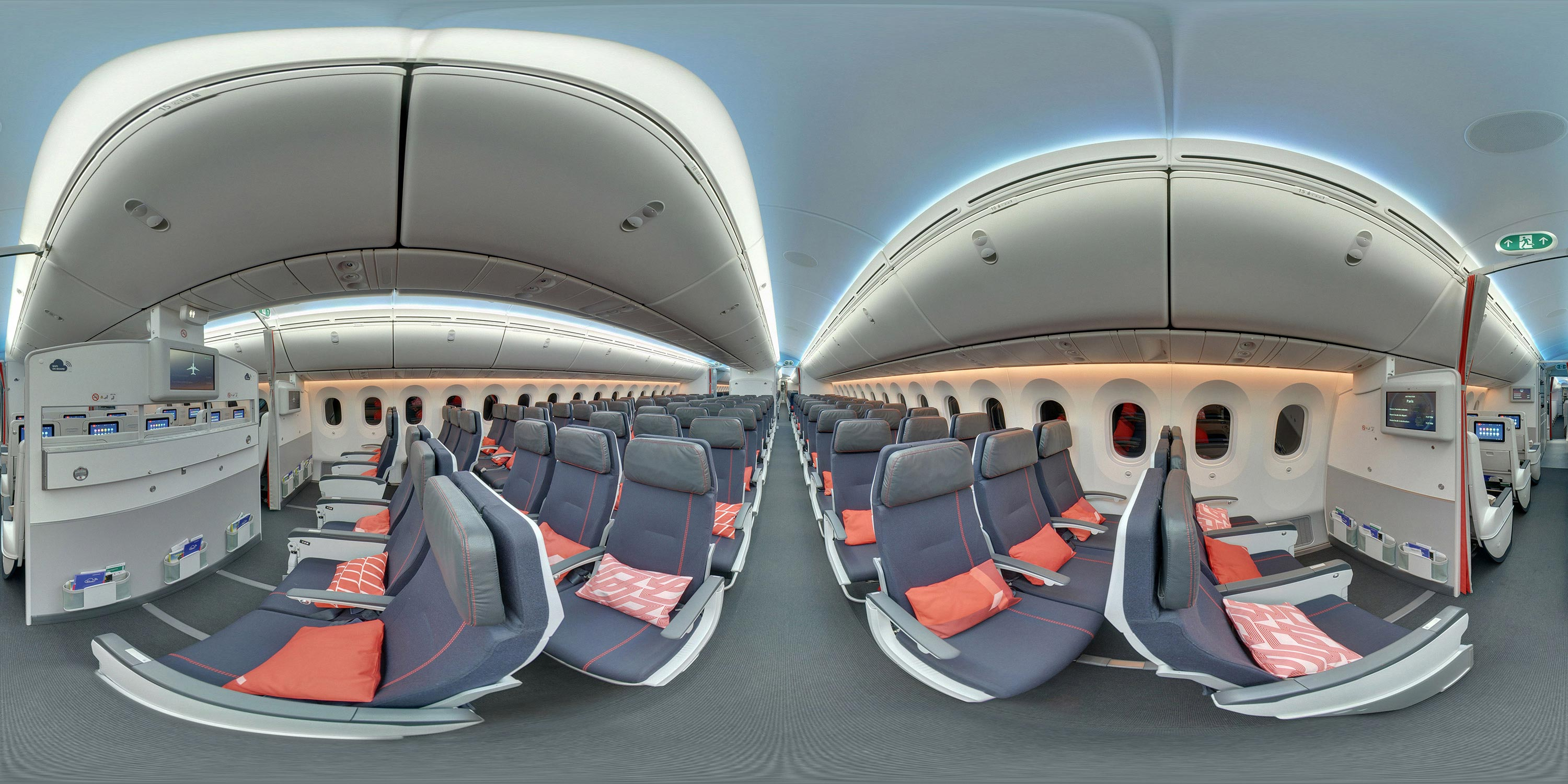Boeing 787-900 - 276 seats